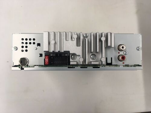 Pioneer DEH-150MP radio chassis only no faceplate or accessories SEE ADD !!!