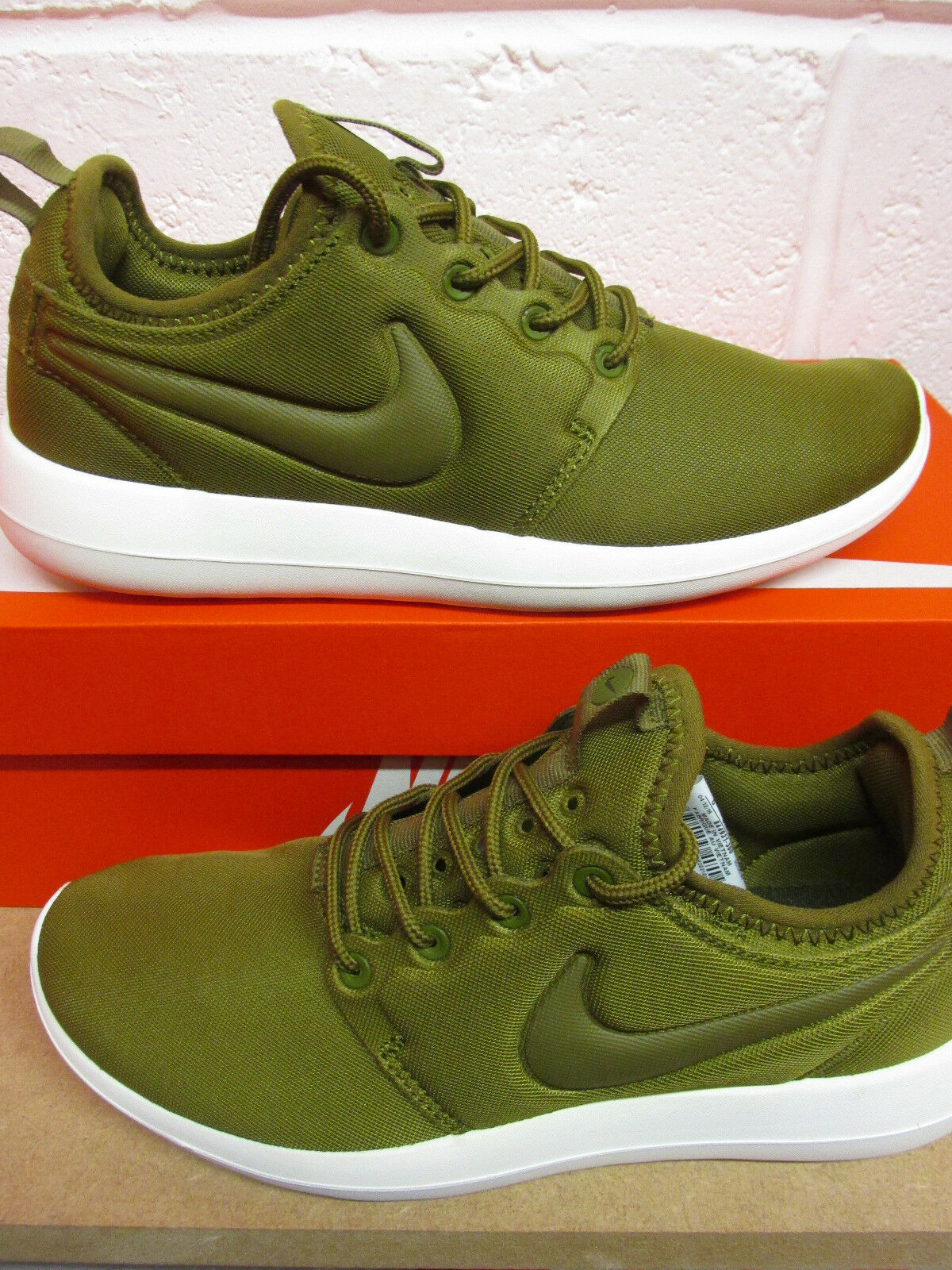 cheap for discount 9fe0d cc757 Nike Femme Roshe deux Running Baskets 844931 300 Baskets Chaussures