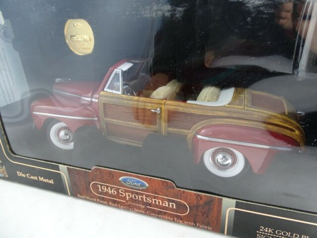 1:18 Road Signature #20048 1946 Ford Sportsman with 24K Gold Coin - Rarity §