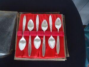 6-vintage-grosvenor-silver-christine-teaspoons-in-box