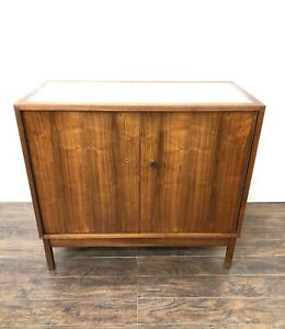 Mid-Century-Modern-furniture-credenza-Cabinet-Lewis-Butler-For-Knoll