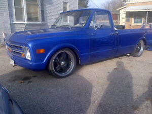 1968 Chevrolet C10 Pickup Custom Lowered