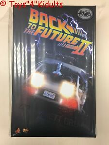 HOTTOYS MMS380 Back To The Future II 2 Dr Emmett Brown Lloyd 1:6 Money Suitcase