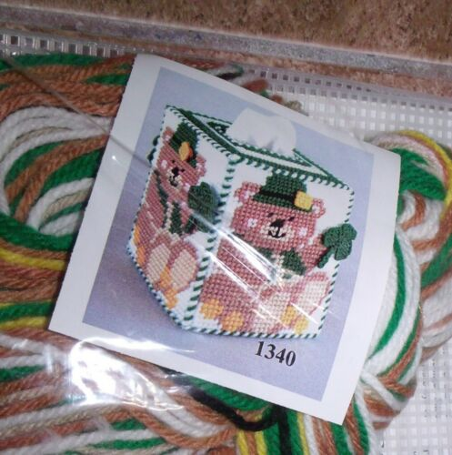 Design Works SAINT PATRICK/'S BEAR Tissue Box Cover Plastic Canvas Kit