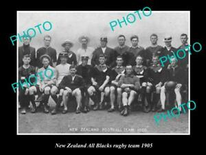OLD-LARGE-HISTORIC-PHOTO-OF-THE-NEW-ZEALAND-ALL-BLACKS-RUGBY-UNION-TEAM-1905