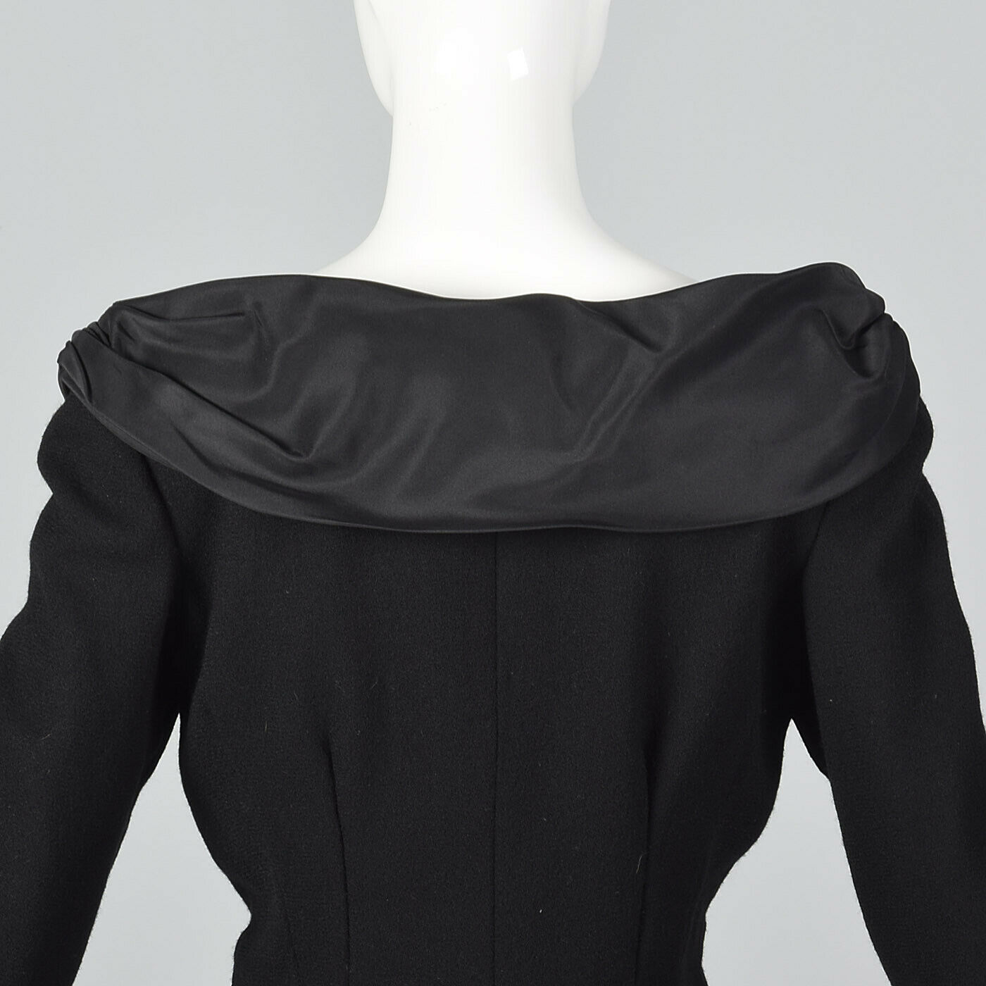 M M M 1980s Bill Blass Long Sleeve Pencil Dress Winter Simple Vintage Wool 80s VTG d899b3