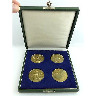 4 Medaillen im Etui: Für den Schutz der Arbeiter- und Bauernmacht DDR e1243