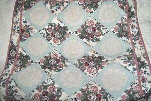 Vintage-Cottage-Floral-Crochet-Rosette-Quilt-Bedspread-Twin-Set-3pc-HAND-QUILTED