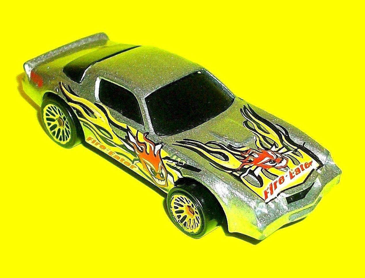 Mattel Hot Wheels 1982 CAMARO Z-28 Jaune Flammes Rouge Démon Diable Cracheur de Feu Voiture