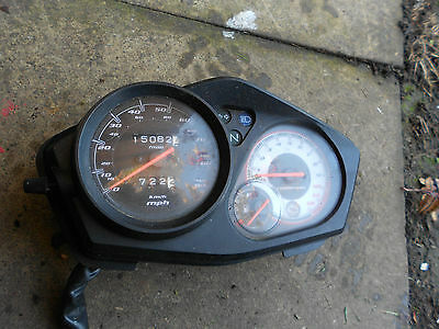 honda cbf125 2012   clocks with very low mileage of 3900
