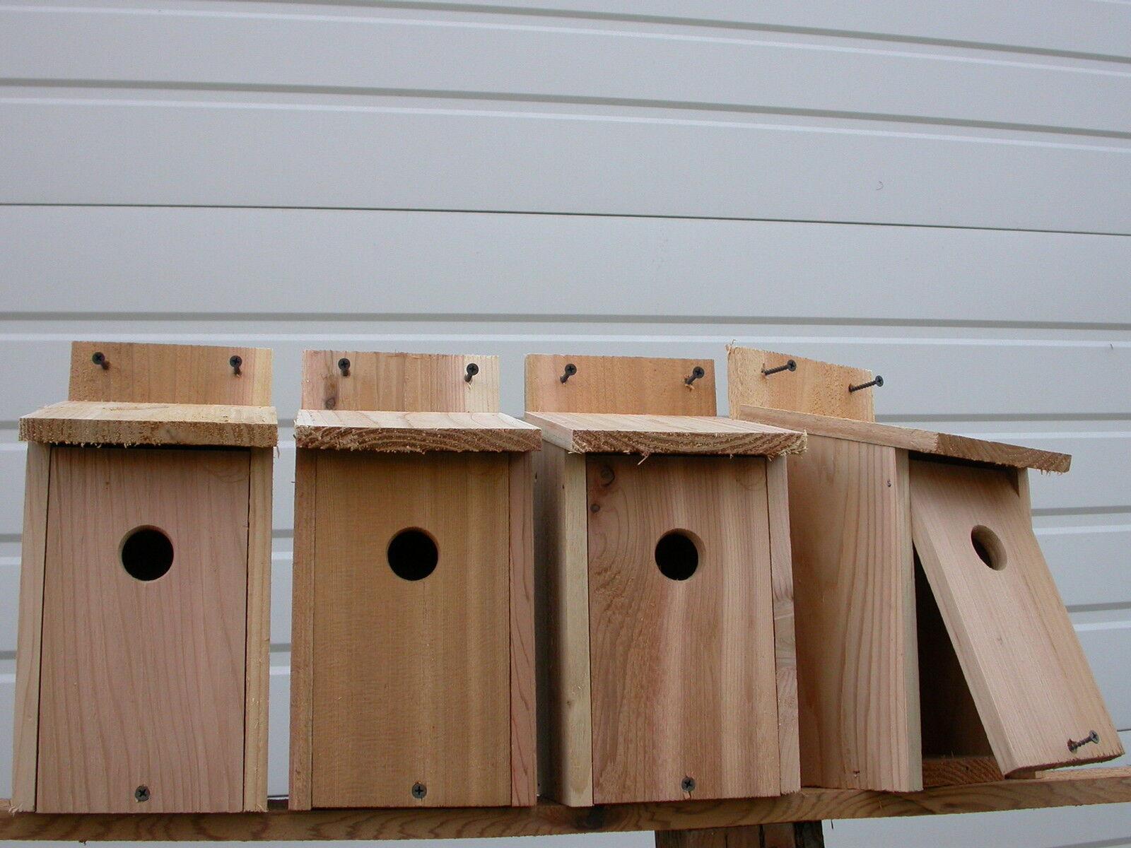 4 WREN  BIRD HOUSES NEST.. röd CEDAR ..HOLE storlek 1  1 8 fully assembled fri s h