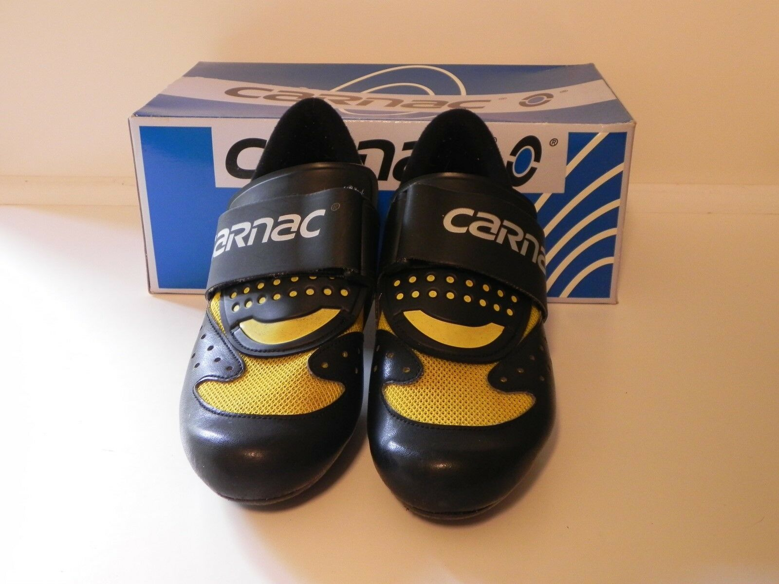 CARNAC CYCLING SHOES LADIES EURO. SIZE 38 WITH INSERT FOR SPD PEDALS
