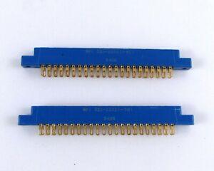 Lot-of-2-WPI-225-22221-101-Cardedge-Connector-Solder-Eyelet