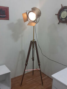 AntiqueTheater-Floor-Lamp-Wooden-Tripod-Modern-Look-Spotlight-Nautical-Light