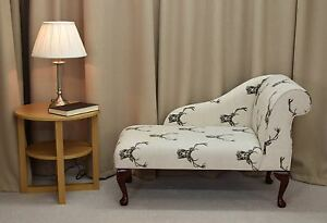 ... 41 034 Small Chaise Longue Chair In A