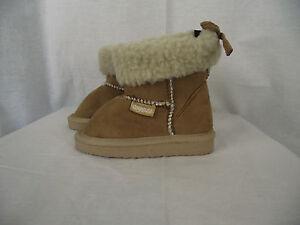 BNWT-Little-Boys-or-Girls-Sz-13-Rivers-Doghouse-Brand-Short-Tan-Slipper-Boots