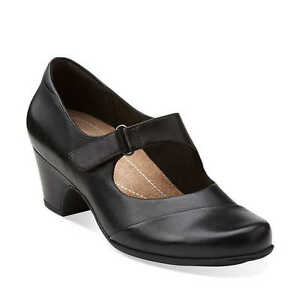 Clarks Shoes Women Size  M