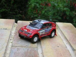 SOLIDO-Made-in-France-MITSUBISHI-PAJERO-EVOLUTION-Rallye-raid-Neuve-sans-boite