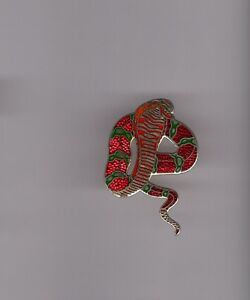 Pin-039-s-serpent-cobra-base-doree-signe-Demons-et-merveilles