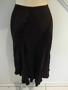 LADIES-SPORTSGIRL-SIZE-8-DARK-BROWN-SATINY-SILKY-SKIRT-ELASTIC-WAIST-UNEVEN-HEM