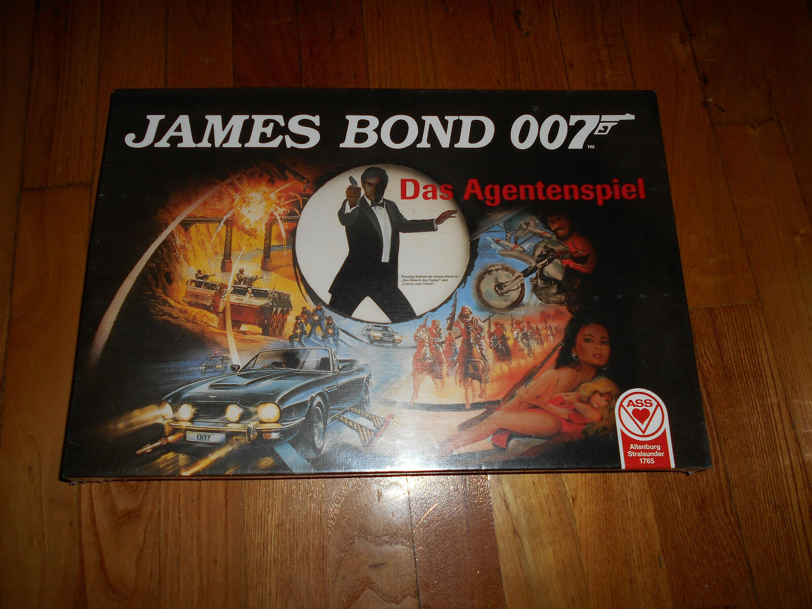 JAMES BOND 007 Das Agentenspiel boardgame SEALED German