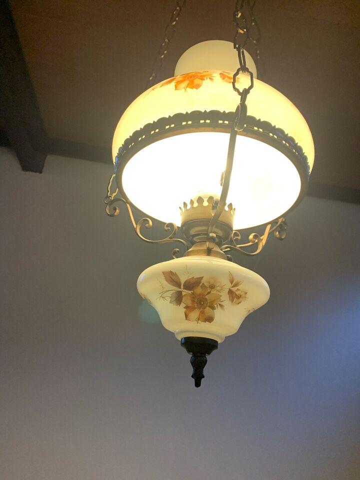Anden loftslampe, Ukendt