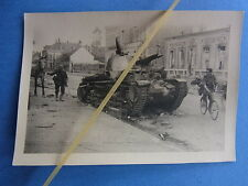 Foto Westfront Frankreich 1940 französischer Panzer Tank erbeutet abgeschossen