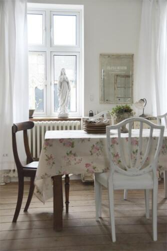 Jeanne d Arc Living Tischdecke Landhaus Skandinavisch Blumen beige 140 x 280