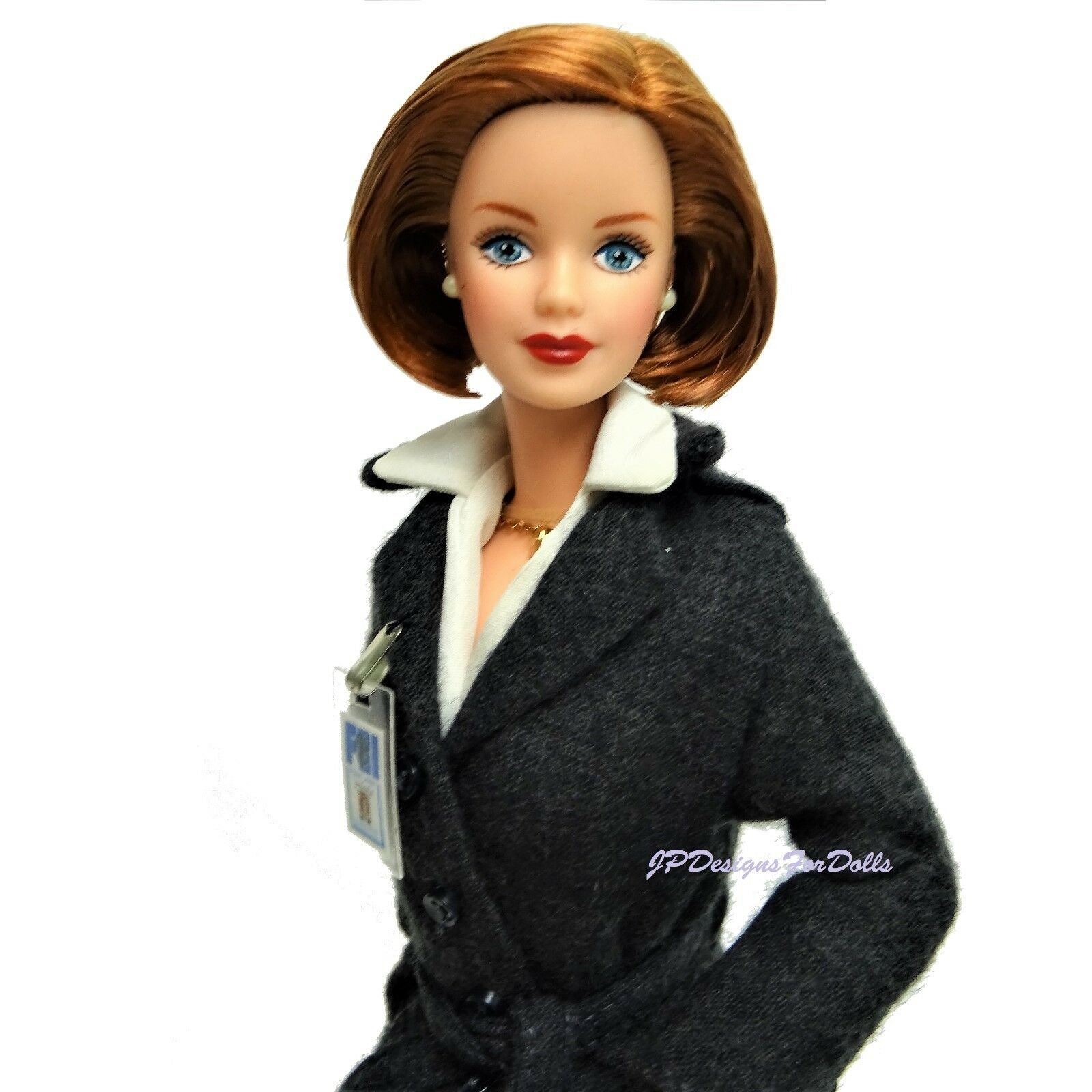 1999 Collectors Barbie as Agent Dana Scully Doll Mint out of Box with Stand