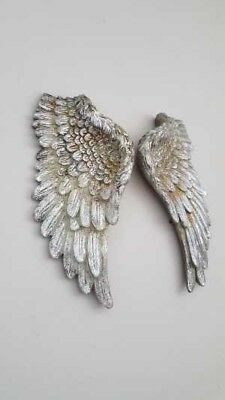 Brand New /& Boxed Pair of Silver Wall Hanging Stone Resin Angel Wings 10x5x2cm
