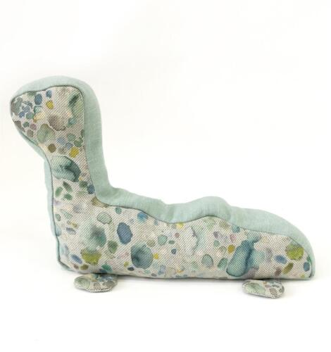 SALE NEW Voyage Ani Nessie Sprinkles Scented Door Stop Dried Wheat /& Lavender