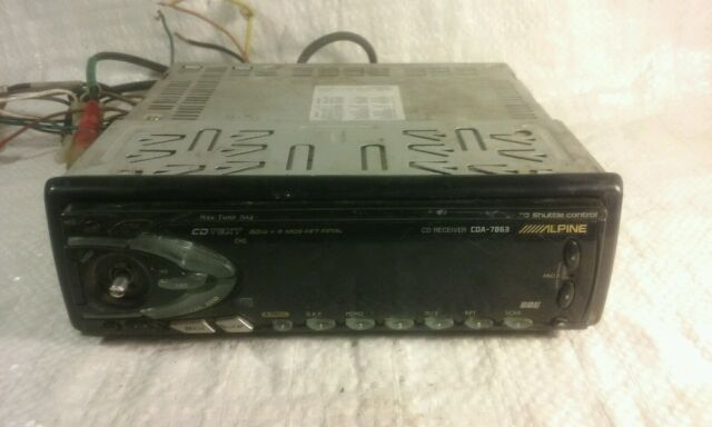 Alpine CDA 7863 CD Player In Dash Receiver