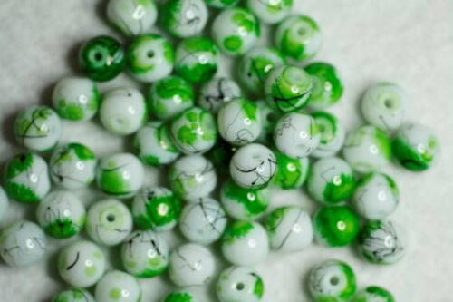 60 BAKING PAINTED DRAWBENCH GLASS BEADS ROUND BBA213 WHITE// GREEN 8mm