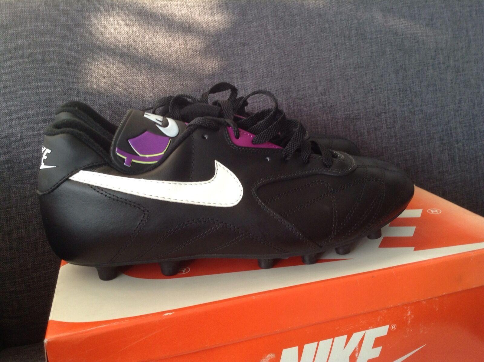 Nike Treviso M Vintage Deadstock Football boots soccer ronaldo 1992