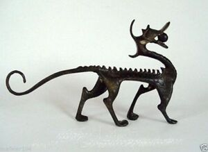 Antique style old Bronze Carved luck dragon Statue Collectable