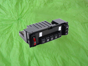 1268300985 Mercedes Climate Control Panel for 126 Chassis,
