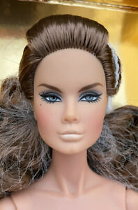 The Industry 2018 - INTEGRITY TOYS DOLL REFERENCE 2016 AND