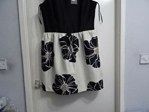 Bruce Oldfield Floral Print Dress Black//Cream RRP £130