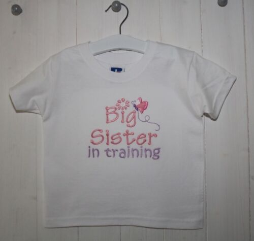 Butterfly design Big Sister in training going to be a Big Sister T-shirt