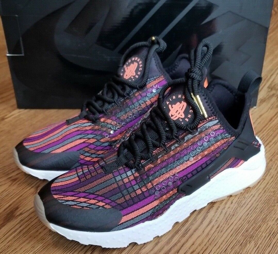 New Womens Air Huarache RN Ultra JCD PR Sneakers Size 6.5 Hot Lava