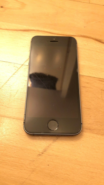 iPhone 5S, 16 GB, sort, Defekt, Defekt iphone sælges til…