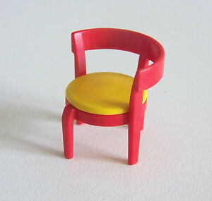 playmobil r215 maison moderne chaise rouge jaune. Black Bedroom Furniture Sets. Home Design Ideas
