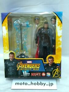 Medicom Toy Mafex No.104 Marvel Avengers Infinity War Thor Action Figure