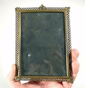 ANTIQUE-BRONZE-PHOTO-FRAME-WITH-GLASS