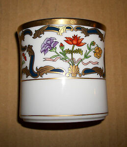 CHRISTIAN-DIOR-RENAISSANCE-TOOTHBRUSH-HOLDER-Discontinued-Pattern