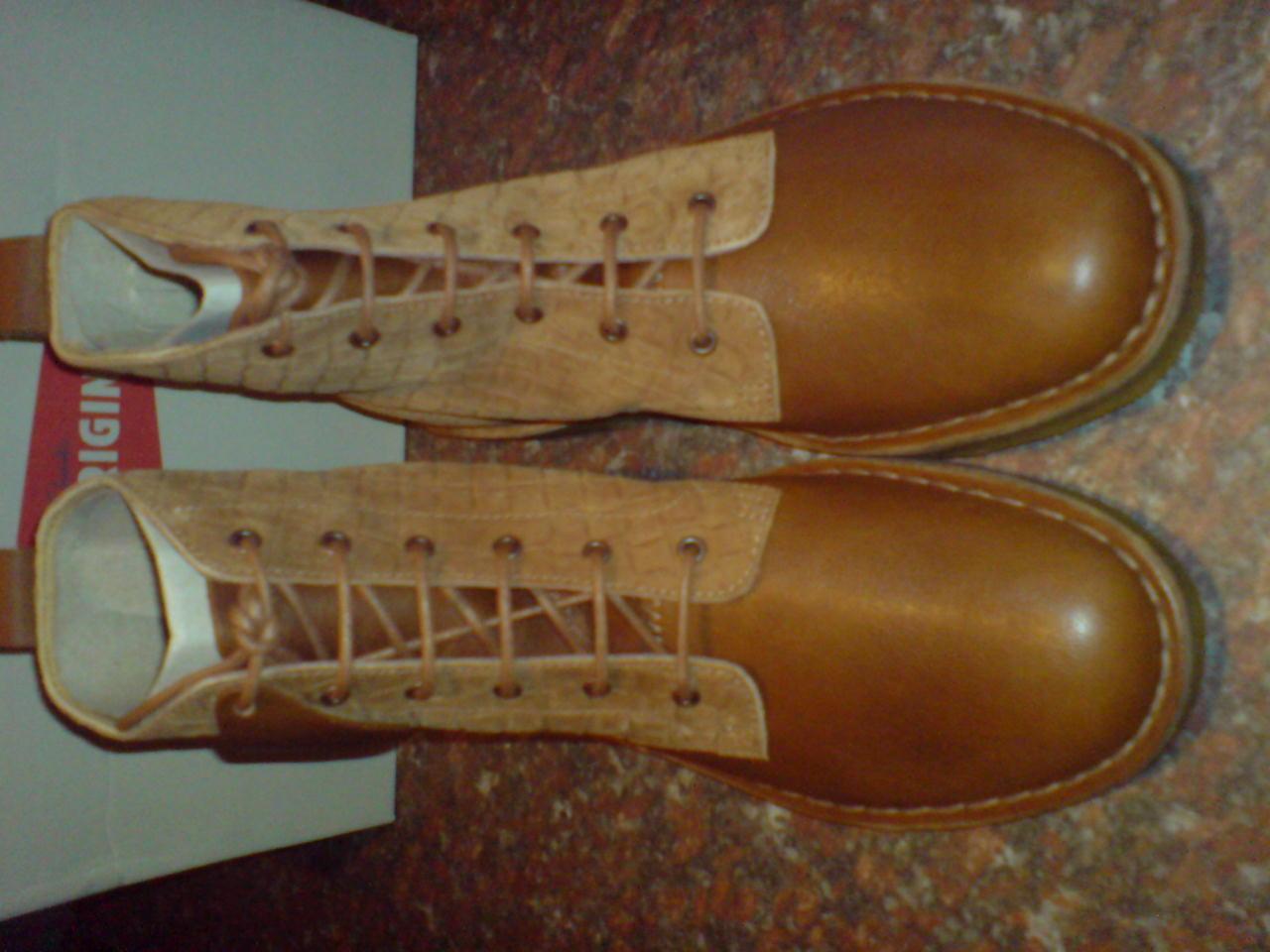 Clarks Originals Para Hombre  Desierto Terciopelo Hi botas Marrón  Reino Unido 6,7,8,9,10,11,12 G