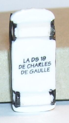 VOITURE CELEBRE CITROEN DS 19 DU GENERAL CHARLES DE GAULLE  FEVE PORCELAINE 3D