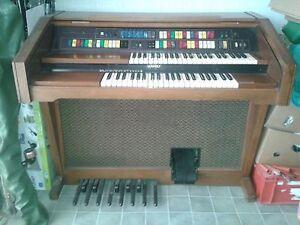 Orgel-LOWREY-Jubilee-M-500-Magic-Genie-Keyboard-Klavier-Bedienungsanl-Weihnacht