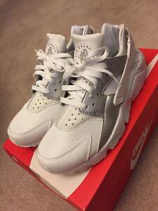 Nike Air Huarache Run White Metallic Silver 318429 108 Men Size 9.5 ... 3fa94fc1c