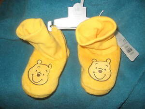 d83ab436c NEW Baby Disney Pooh 12-18 Months Slip On Shoes Infant New with Tags ...